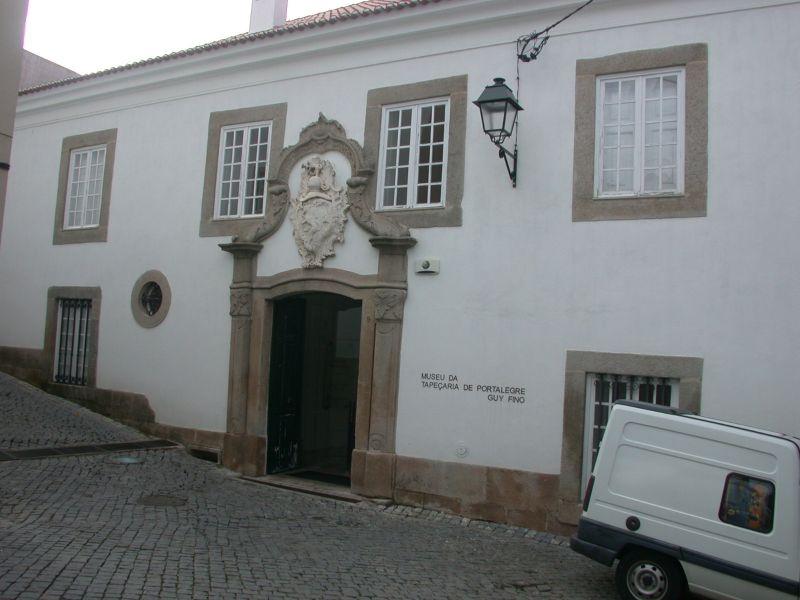 Museu da tapeçaria Guy Fino - nacionalidade portuguesa