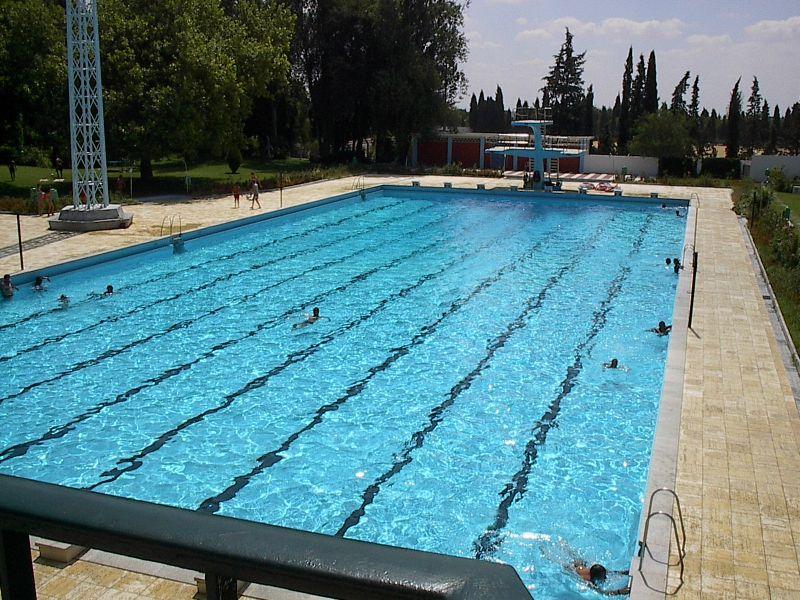 Piscina descoberta de beja - Material de piscina ...