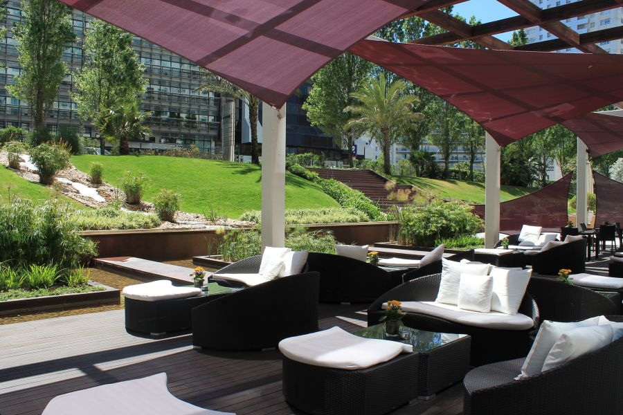 Terrace Lounge Corinthia