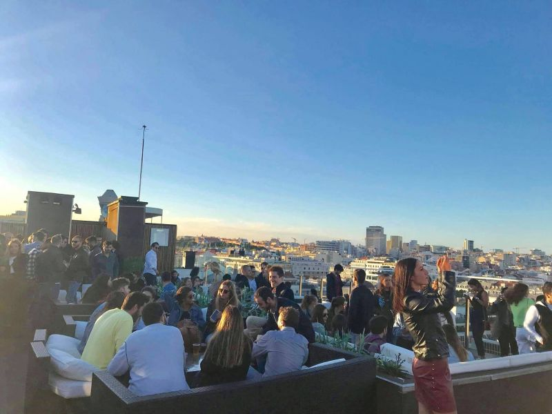 Level Eight Roof Top Bar & Lounge